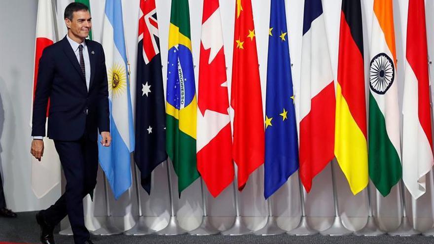 Sánchez habla con Tusk del reparto institucional europeo que se negociará el día 30