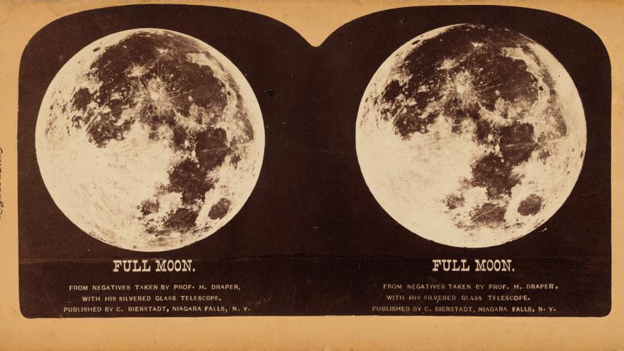 'Luna llena' (1860). Álbum de imágenes estereoscópicas realizado por Henry Draper