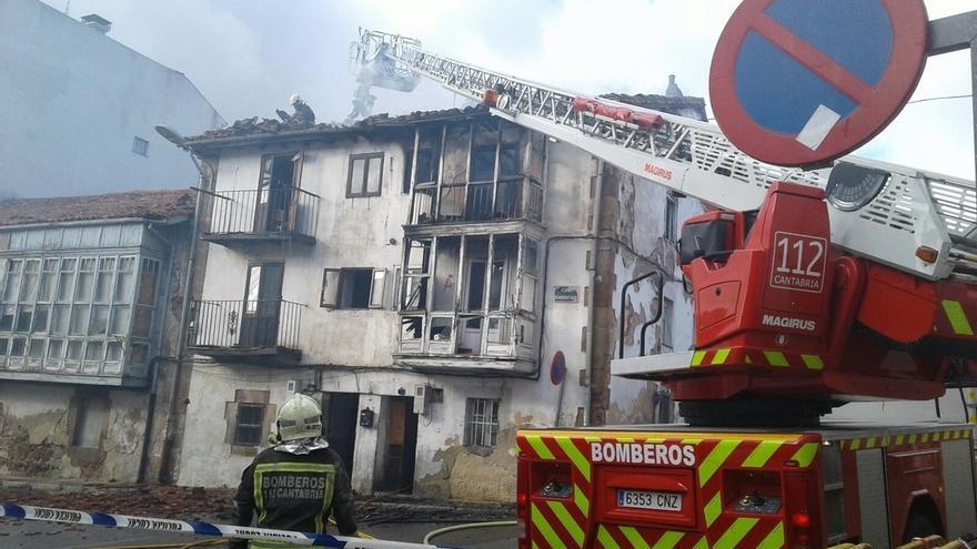 Incendio en una casa deshabitada de Reinosa