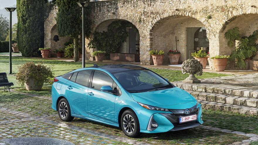 El próximo Salón del Automóvil de Los Ángeles albergará la presentación del nuevo Prius.