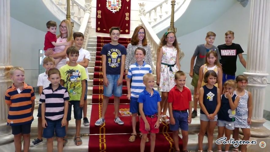 Cartagena acoge en verano a 22 niños de las zonas afectadas por Chernobyl