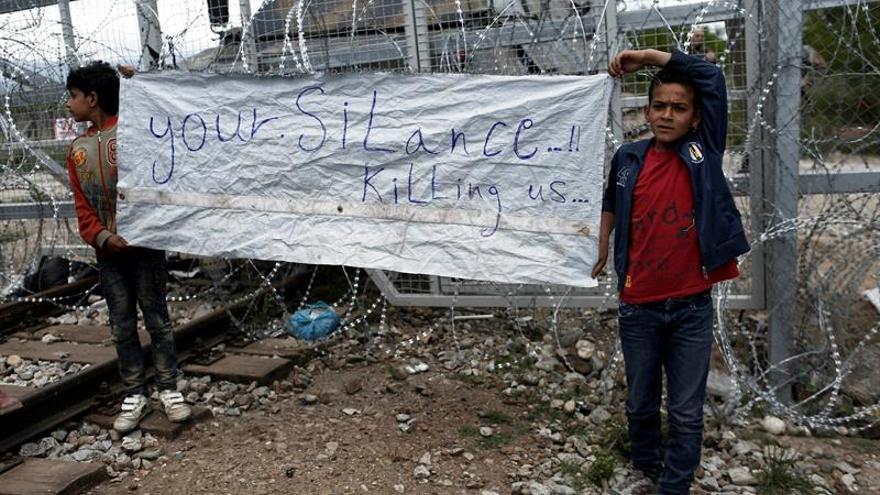 Los ministros del G7 acuerdan prestar educación a niños refugiados