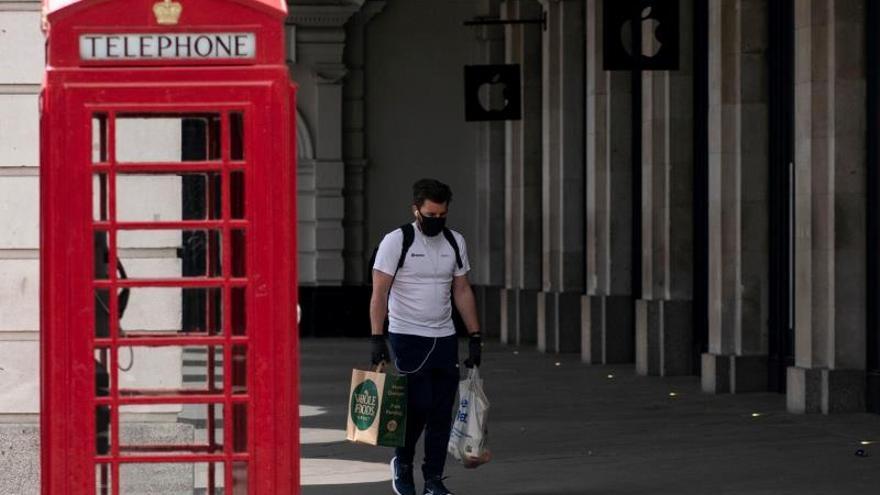 El Reino Unido registra 627 muertos más por COVID-19, hasta 32.692 fallecidos