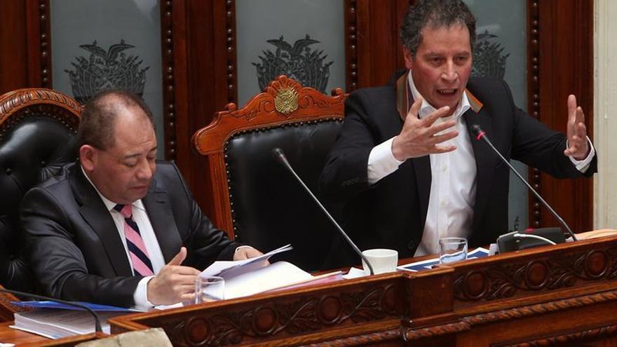 El oficialismo boliviano acepta el informe de ministros sobre el conflicto minero