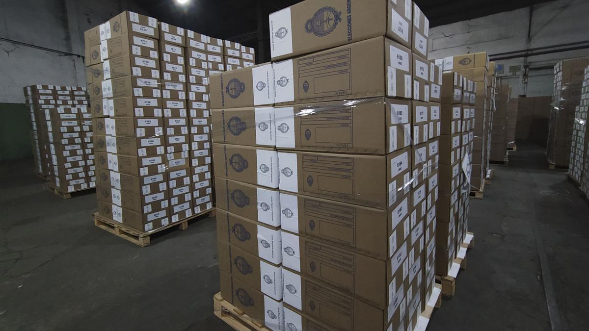 Para las PASO del domingo se distribuirán más de 100.000 urnas