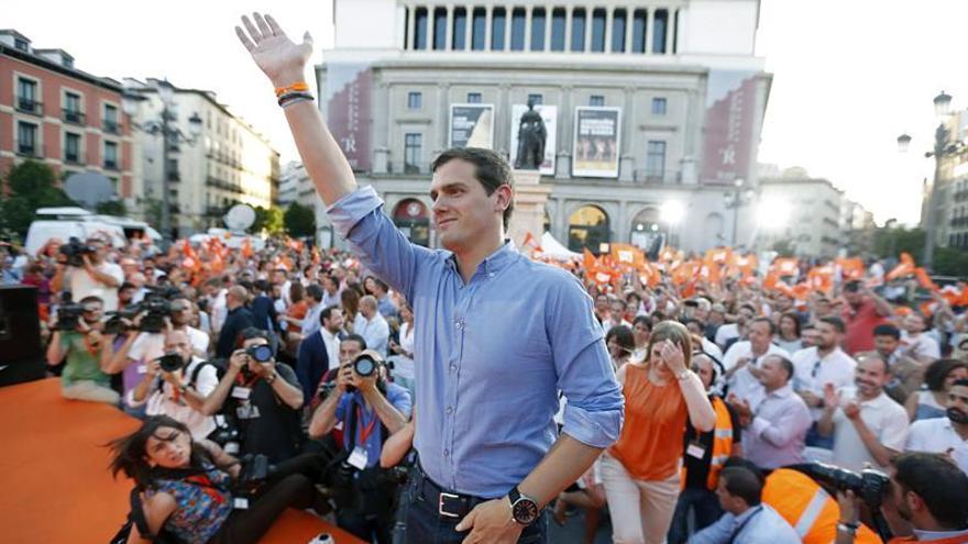 Rivera llama a votar a Ciudadanos porque es el voto del desbloqueo y de más Europa