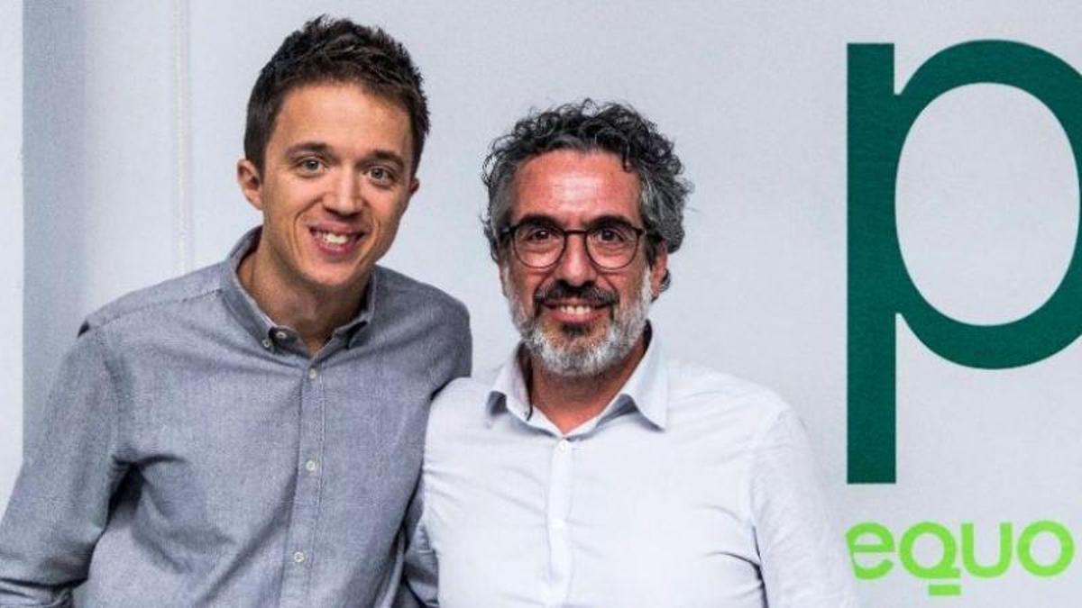 Íñigo Errejón (izquierda) y Daniel Liceras, candidato de Más País por Pontevedta en las elecciones generales de 2019