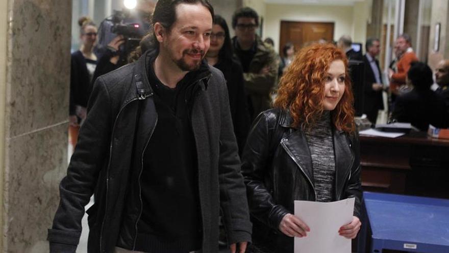 """Iglesias acusa al PSOE de """"tibio"""" y a Cs de """"filial naranja"""" del PP en Murcia"""