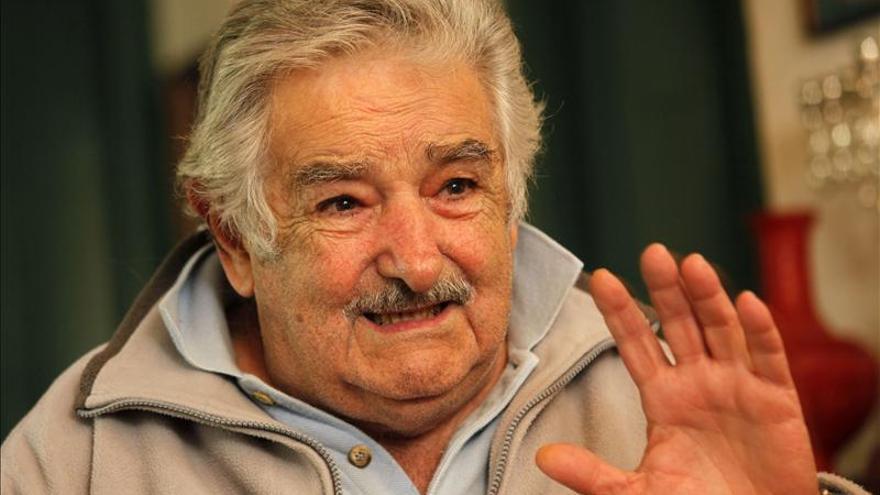 El presidente José Mujica llegó a Pekín para promover inversiones en Uruguay
