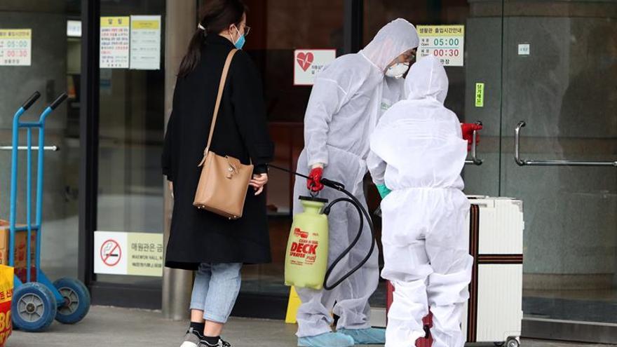 Corea del Sur registra 594 casos nuevos de coronavirus y se acerca a los 3000