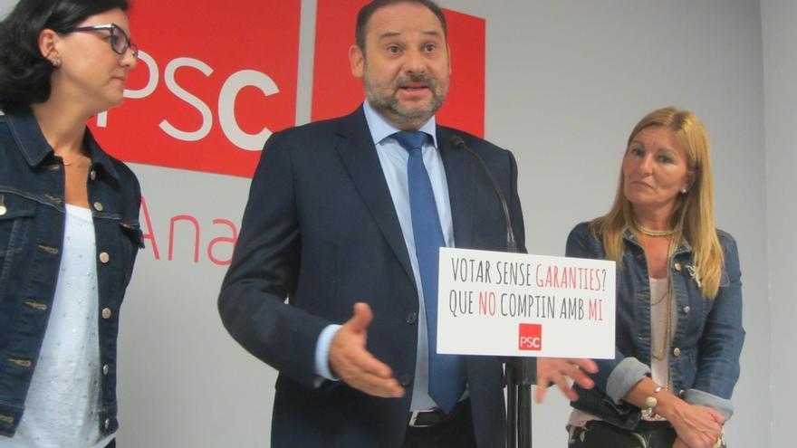 Ábalos (PSOE) apuesta por la reforma constitucional y un mayor autogobierno para Cataluña como solución