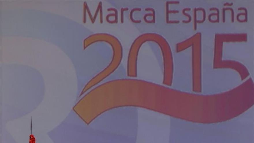 El Rey Felipe VI y Albert Rivera, galardonados con los premios Cambio 16