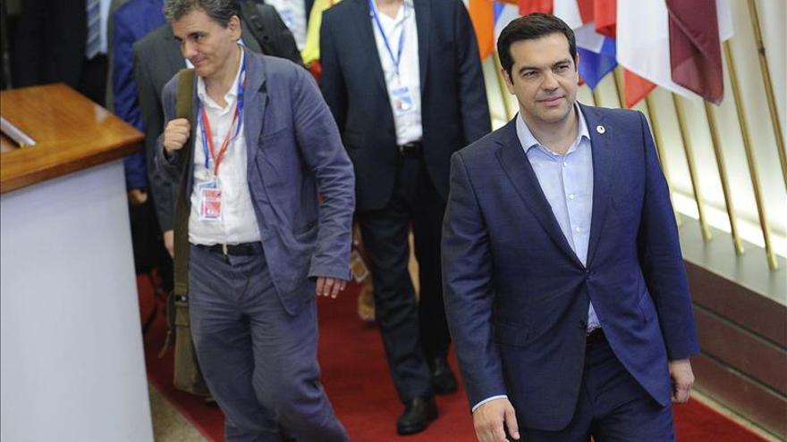 """Tsipras afirma que dieron """"la batalla difícil para un acuerdo que permitirá la recuperación"""""""