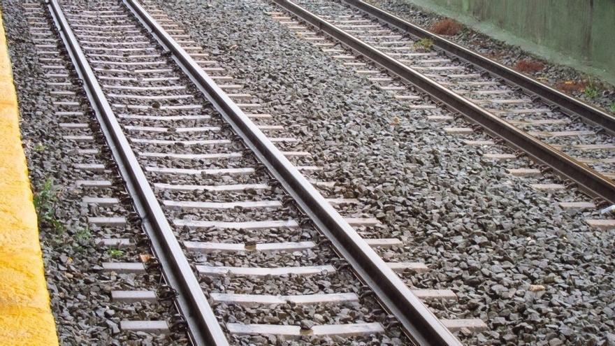 Adif avanza en la renovación de la vía del trayecto Mataporquera-Torrelavega
