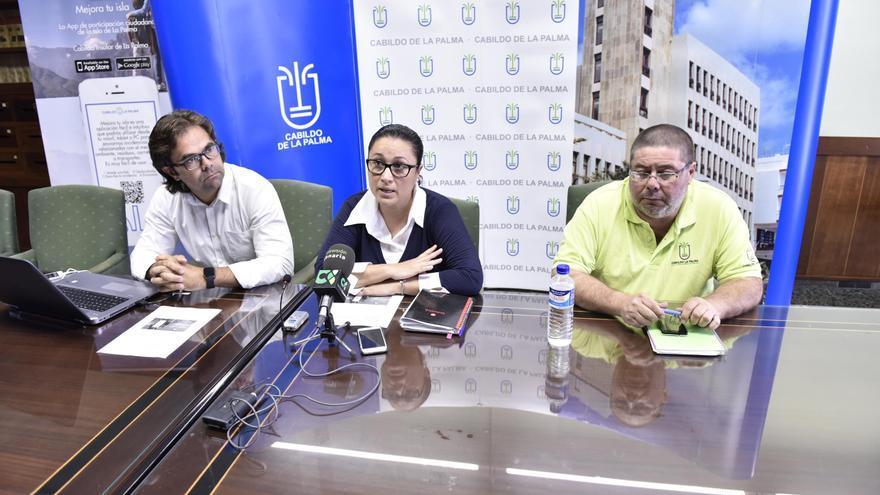 De izquierda a derecha, Juan Antonio Bermejo, Carmen Brito y Kiko Hernández.