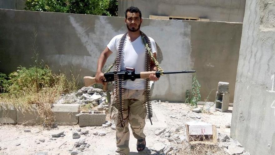 Mueren tres milicianos de la Alianza libia en combates con el EI en Sirte
