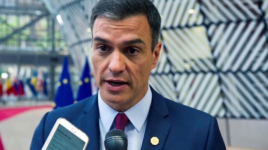 """Sánchez pide """"pasar ya de las palabras a los hechos"""" contra cambio climático"""