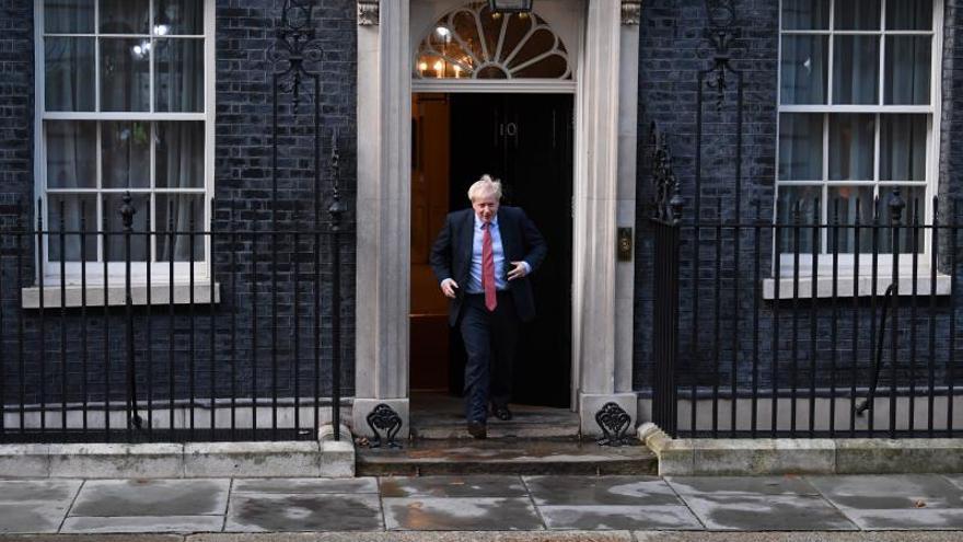"""Bruselas insiste en que el plan de """"brexit"""" de Johnson no es """"satisfactorio"""""""
