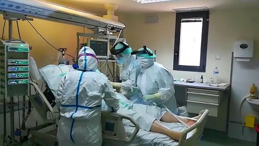 Los hospitales de Castilla-La Mancha logran extubar a 26 pacientes afectados por COVID-19