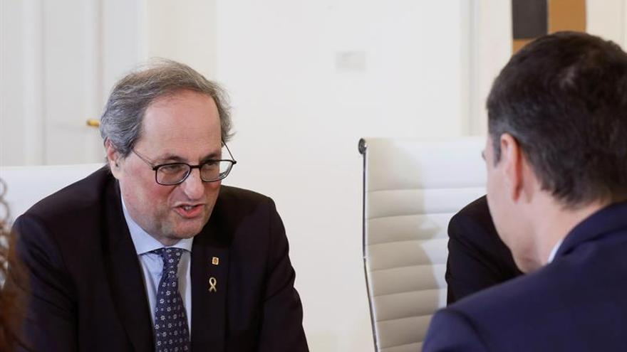 El PP dice que Sánchez se somete en la mesa punto a punto a los independentistas