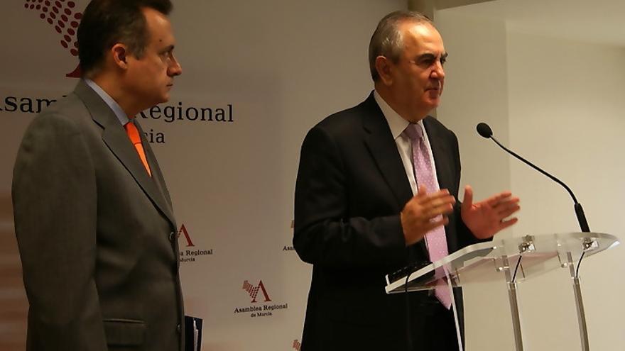 El portavoz parlamentario del Grupo Socialista en la Asamblea Regional de Murcia, Rafael González Tovar