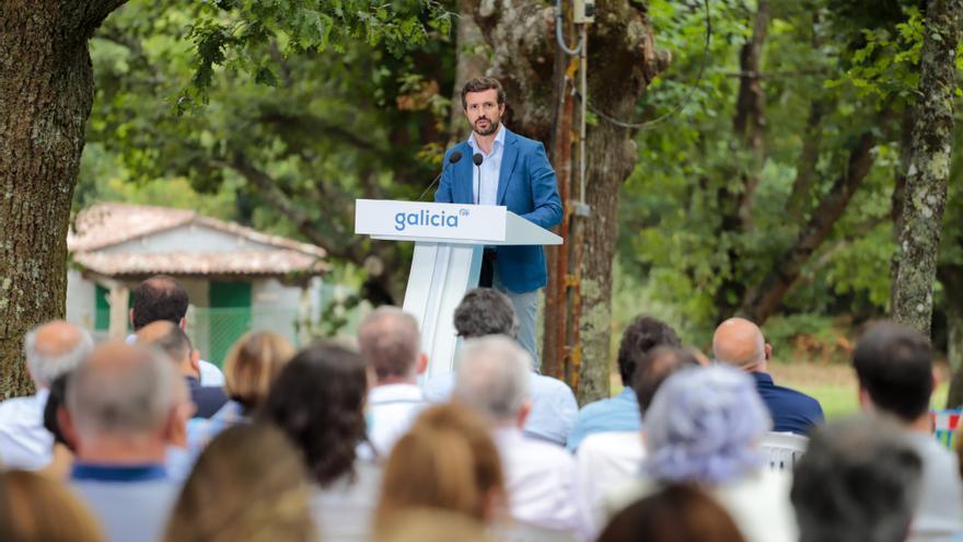 El líder del PP, Pablo Casado, interviene en la apertura del curso político del PP, a 29 de agosto de 2021, en Cerdedo-Cotobade, Pontevedra, Galicia, (España).