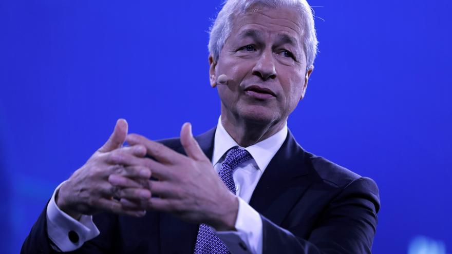 JPMorgan incentiva a su consejero delegado para que continúe en el cargo