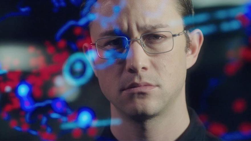 Joseph Gordon Levitt como Snowden