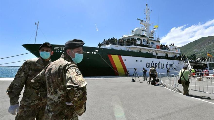 Italia pide ayuda ante la inmigración y los socios europeos prometen solidaridad