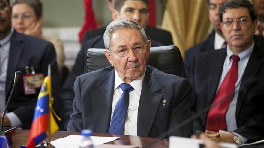 Castro dice que la posición común de la UE se va a resolver y que no debió existir