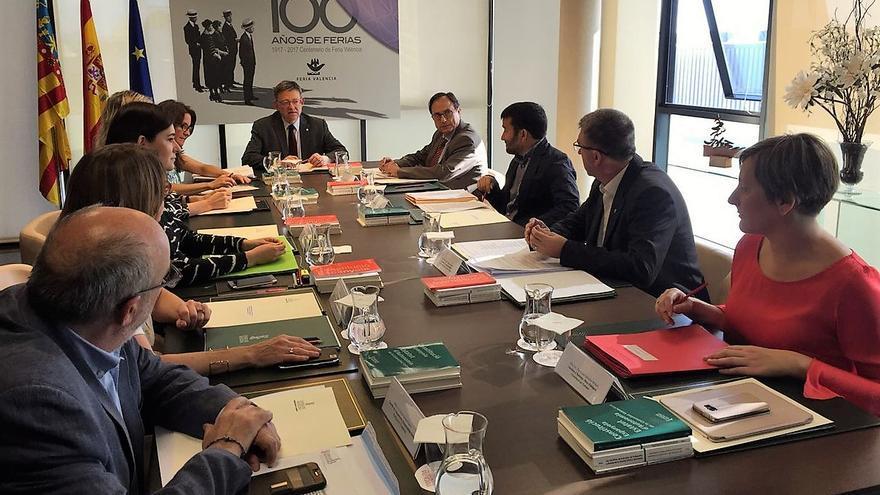 El pleno del Consell reunido en Feria Valencia con motivo del centenario de la institución