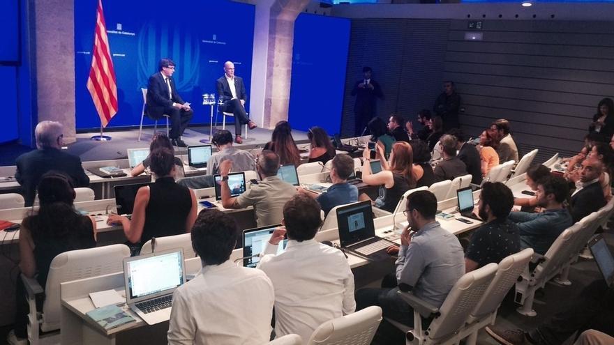 Puigdemont defiende que Cataluña se ganará el derecho a hablar con Juncker si gana el 'sí'