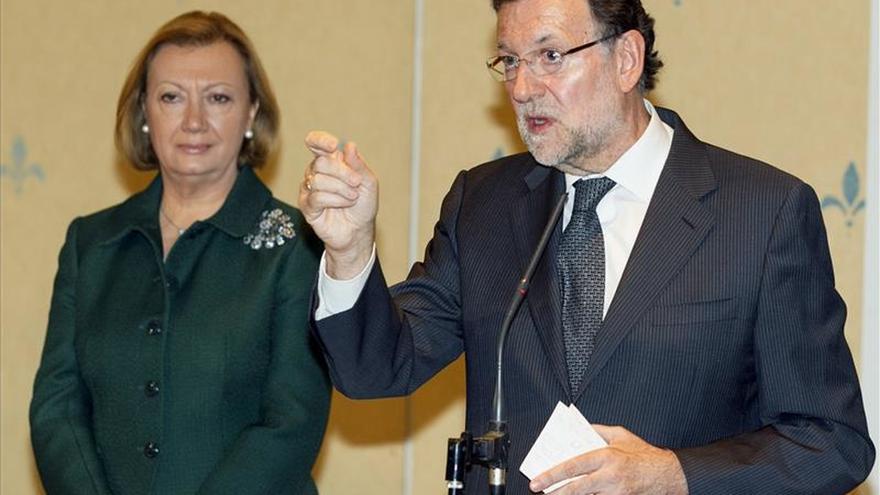 Rajoy firma el pacto de coalición con el PAR para las elecciones del 20D