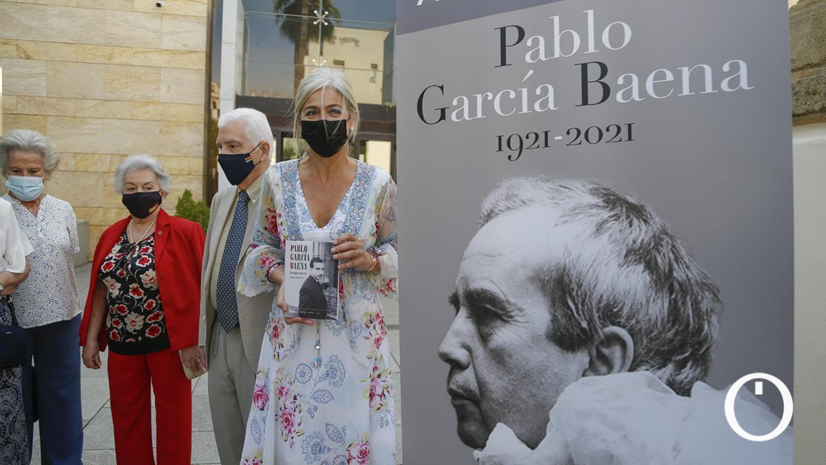 Presentación de las actividades del centenario del nacimiento del poeta Pablo García Baena