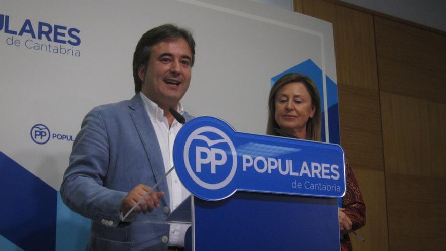 Madrazo y Movellán, partidarios de que haya un único candidato a suceder a Rajoy en el PP