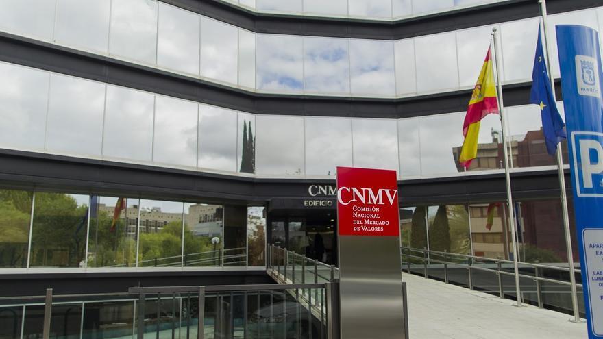 La CNMV advierte de tres 'chiringuitos' en Malta y Reino Unido