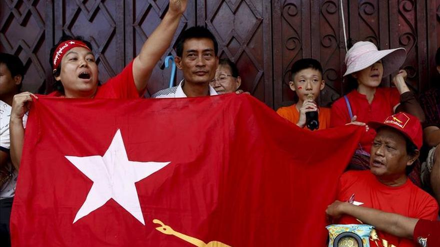 El partido de Suu Kyi aspira a una amplia mayoría en los comicios birmanos