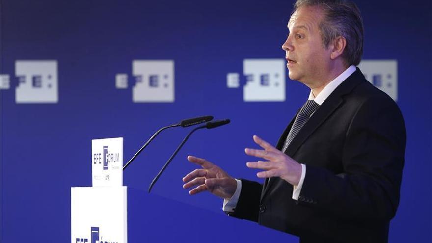 Carmona promete construir 30 escuelas infantiles