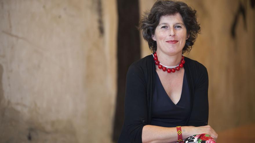Mónica Salomone, periodista científica que participará en la sesión de octubre del foro