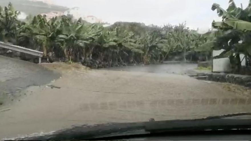 Lluvias intensas este jueves en San Andrés y Sauces.