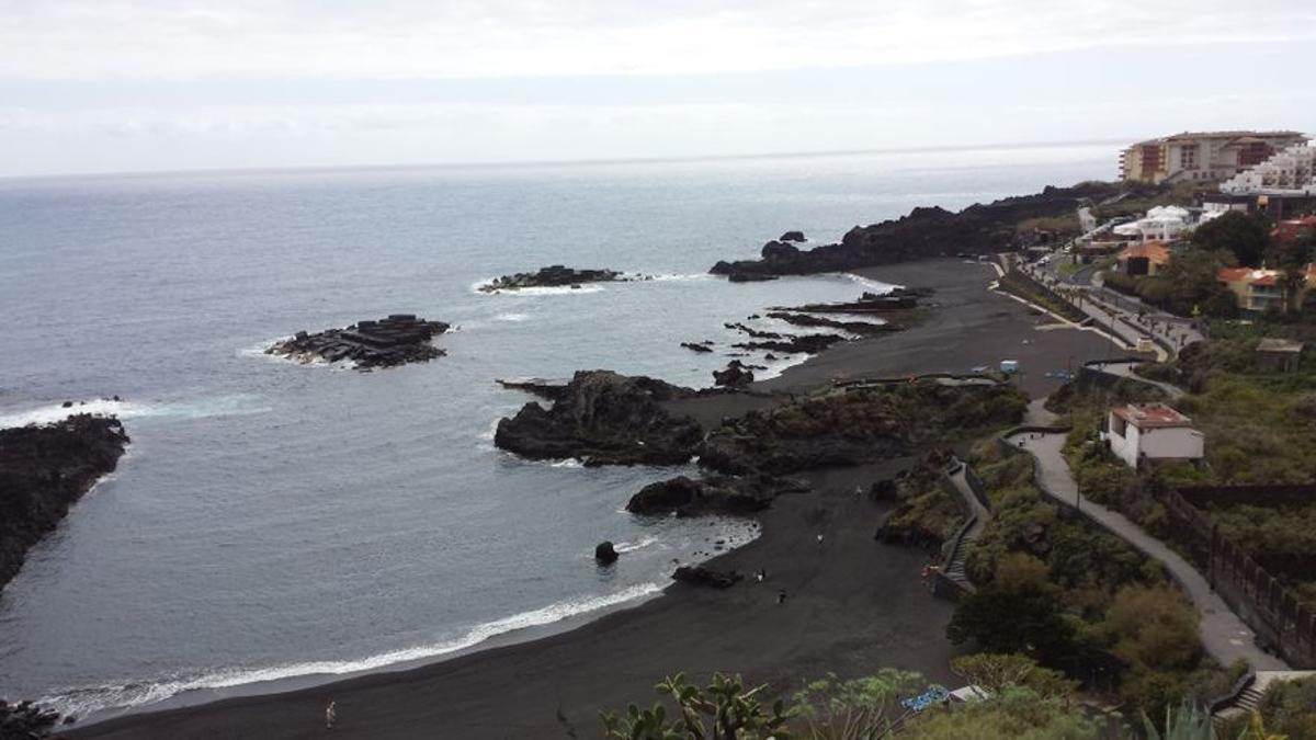 Imagen de archivo de la playa de Los Cancajos.
