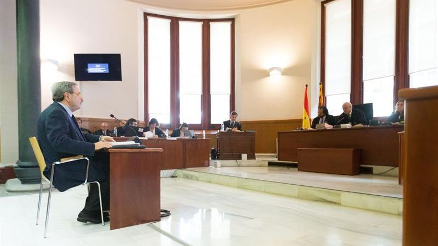 Narcís Serra, ante el tribunal