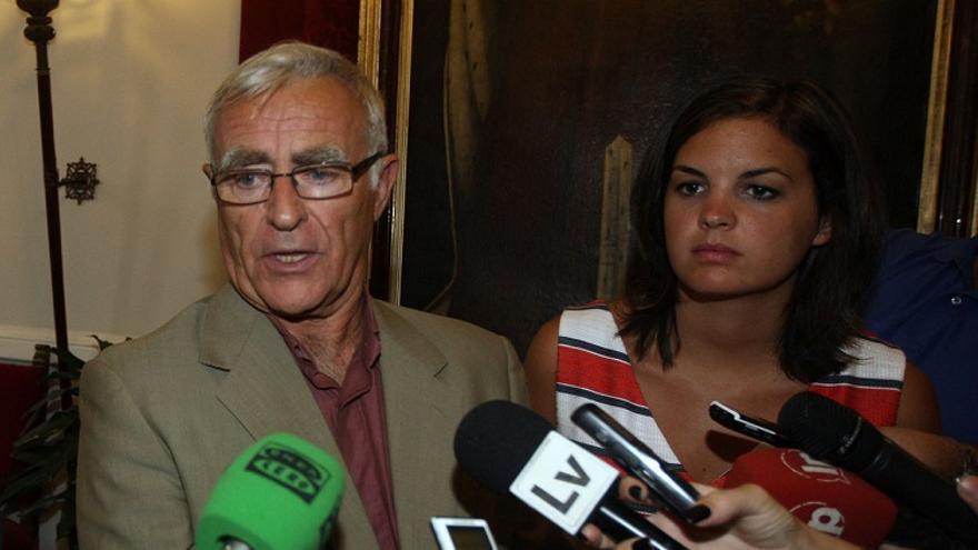 L'alcalde de València, Joan Ribó (Compromís), i la portaveu del PSPV, Sandra Gómez