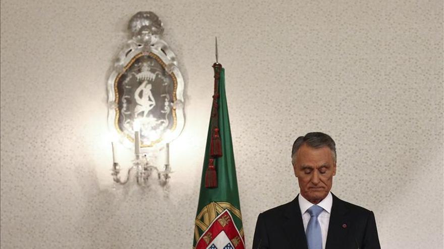 El presidente luso evoca el 25 de abril para pedir consenso a los partidos