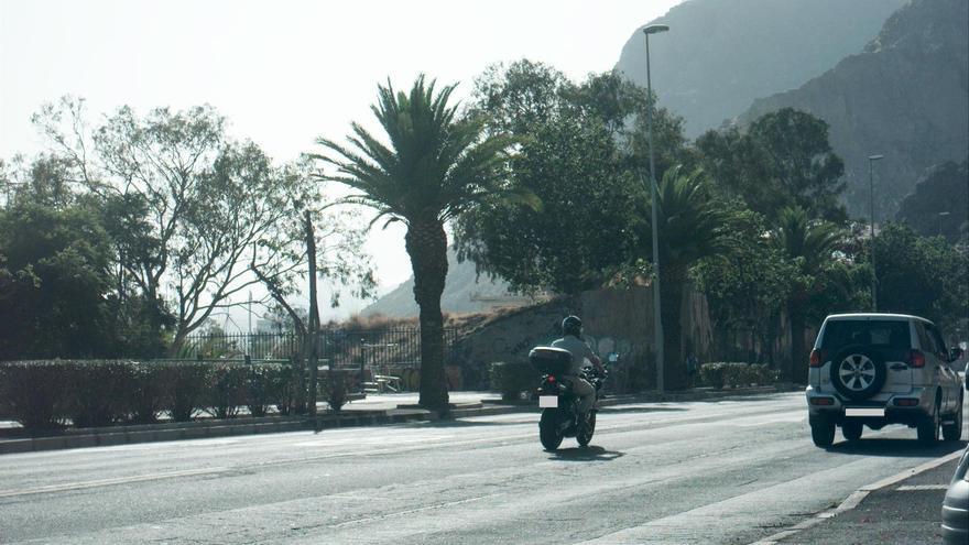 Motorista 'cazado' a más de 130 km/h en una vía limitada a 50