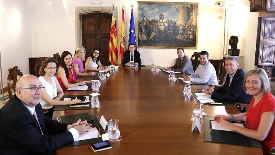 Imagen de la primera reunión del Consell presidido por Ximo Puig