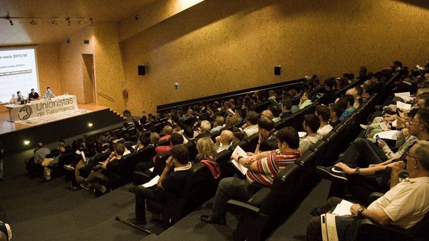 Asamblea de socios del Unionistas CF de Salamanca // Rubén Arévalo