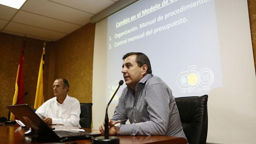 El expresidente del Club Baloncesto Gran Canaria Joaquín Costa, y el exgerente del club Alberto Miranda