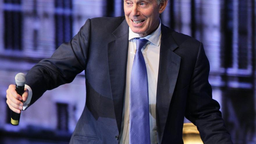 Tony Blair recomienda a Peña Nieto definir las prioridades de su gobierno