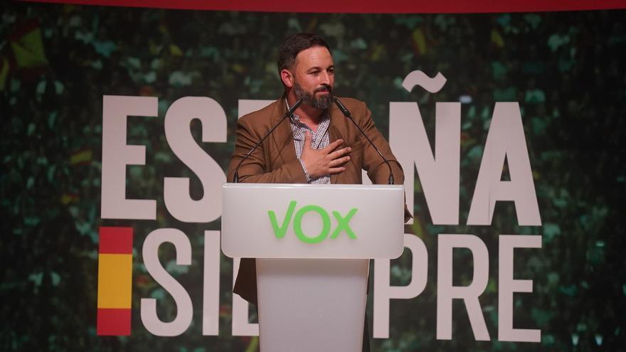 """Abascal (Vox) acusa a Torra de """"impulsar el caos"""" y apuesta por aplicar el estado de excepción"""" en Cataluña y detenerle"""